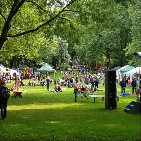 Übersichtsfoto vom Anarchistischen Parkfest